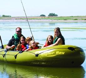 AIRHEAD Angler Bay 6-person Boat